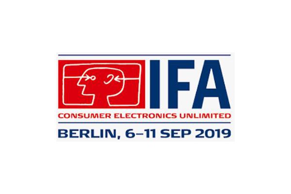 Messeaufzug Montage und Verleih durch Paderlift für Messe IFA