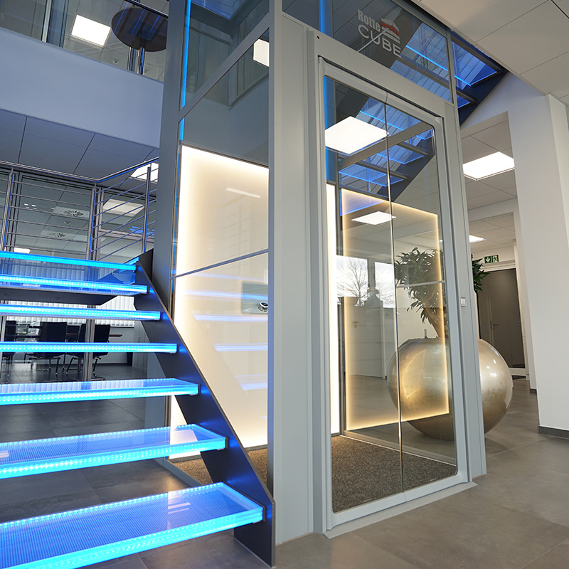 AHL-DesignLift Access mit ergonomischen SmartControl-Steuerung